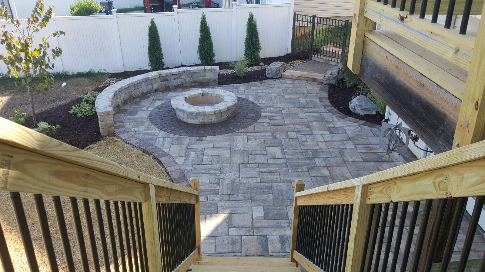 Add Structure to Your Outdoor Living Space